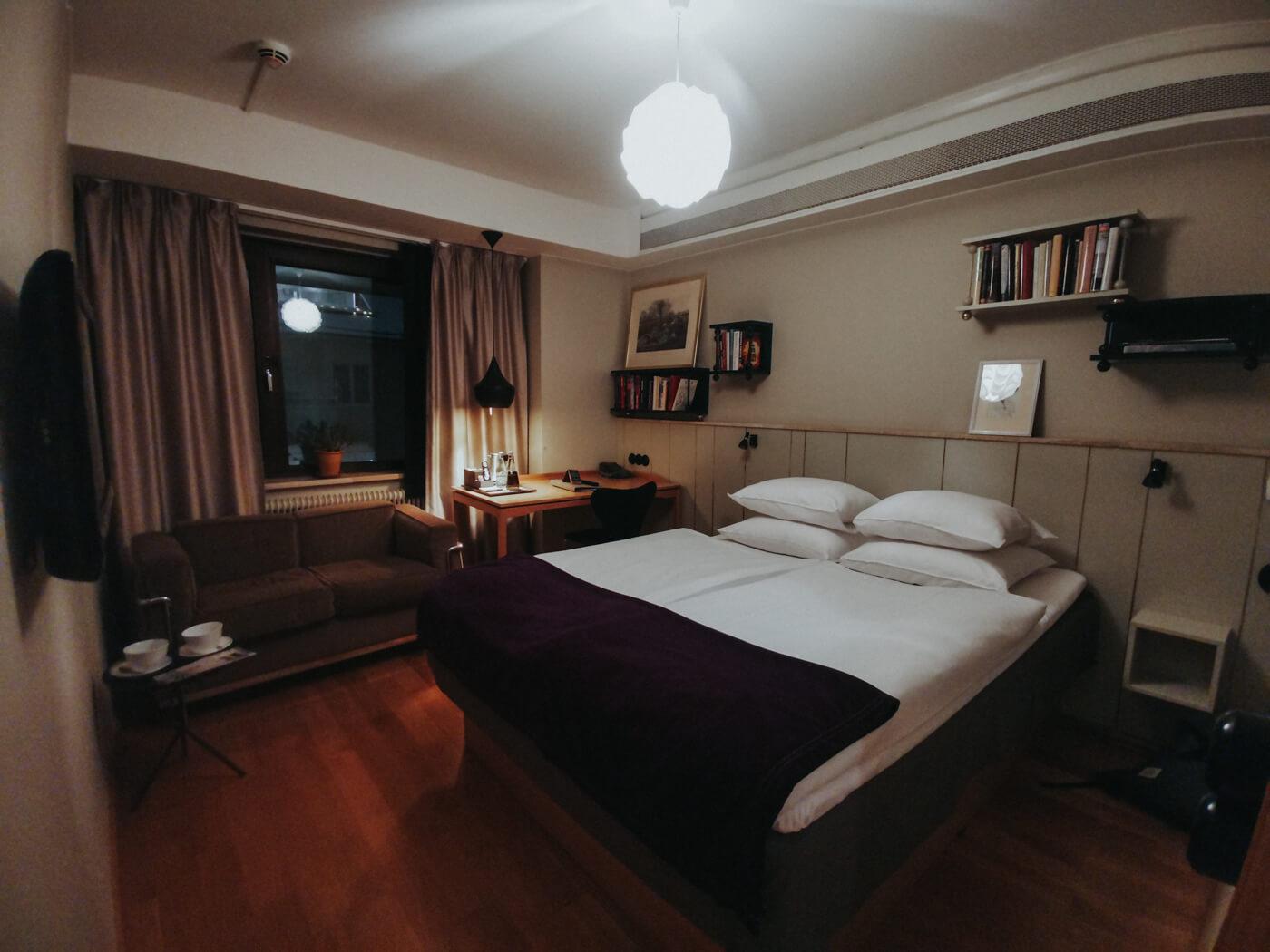 Mornington Hotel Room